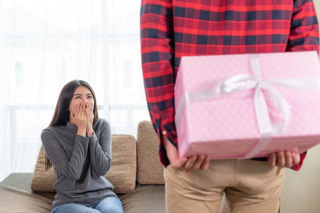 idei de cadouri pentru ea pentru aniversarea casatoriei